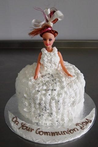 Communion-Doll-Cake