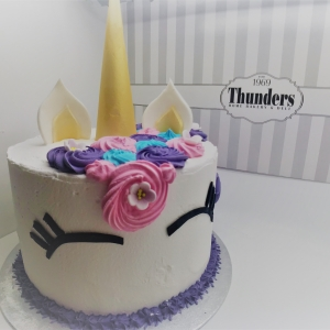 Thunders unicorn buttercream cake